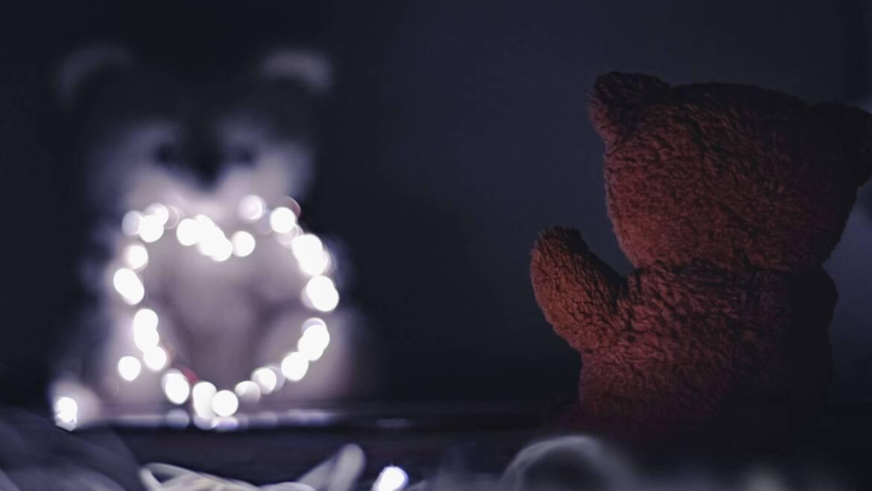 Ochraniacz do łóżeczka – zabezpieczenie łóżeczka dziecka