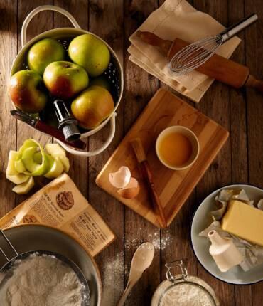 Miód i drewno – sposób na przytulny pokój dziecięcy
