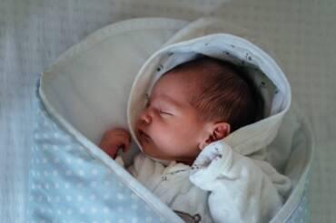 Usztywniane rożki niemowlęce, które zadbają o kręgosłup Twojego dziecka.