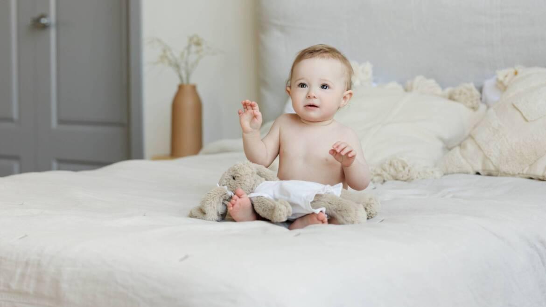 Poduszka gwiazdka dla dziecka – śliczna dekoracja pokoju i mięciutka przytulanka