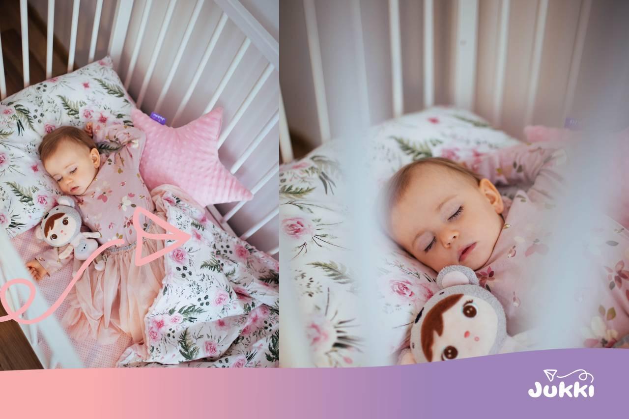 Jak zabezpieczyć łóżeczko niemowlaka?